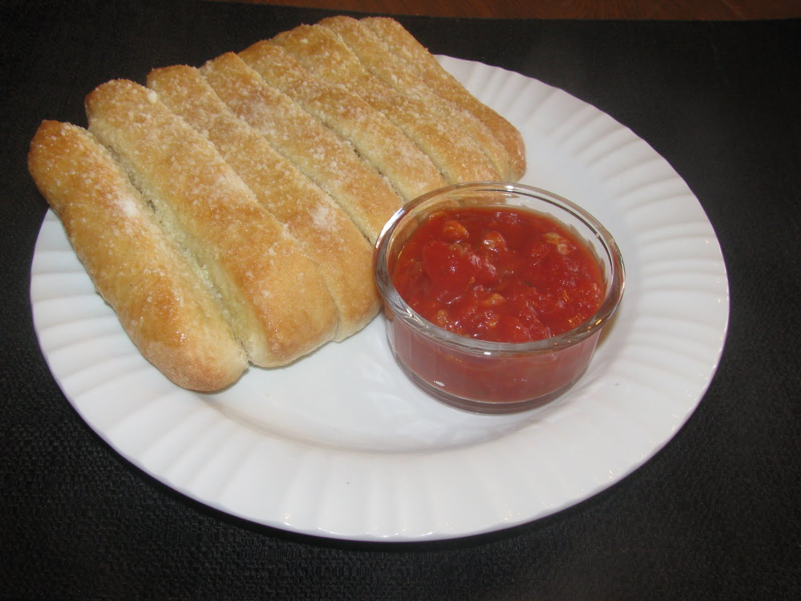 how to make pizza bread sticks