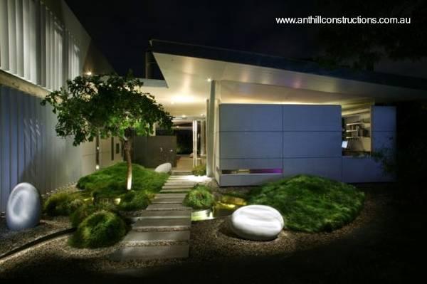 Arquitectura de casas original casa residencial for Casa con jardin al frente