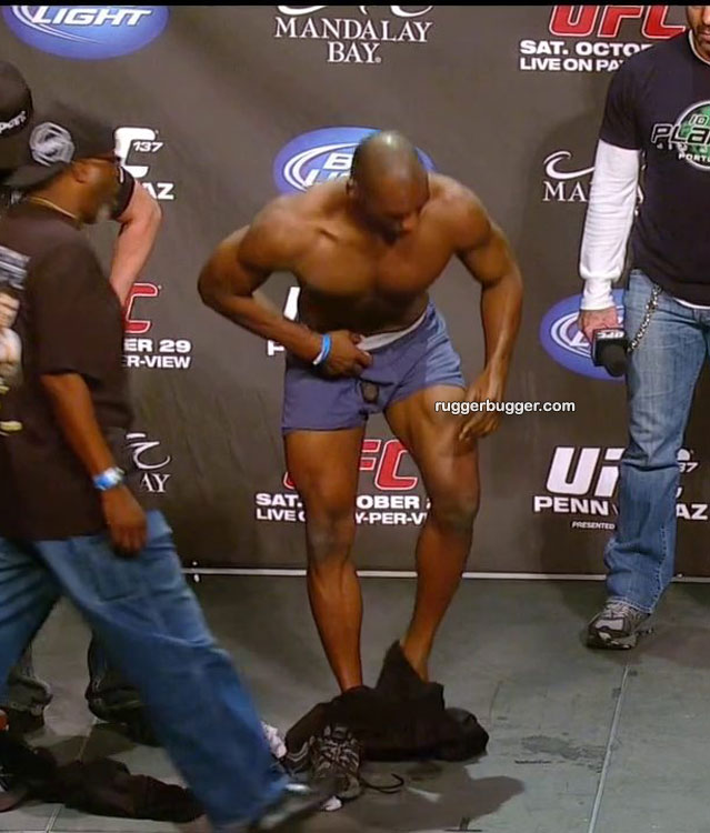 Clifford Starks Weigh In Nude