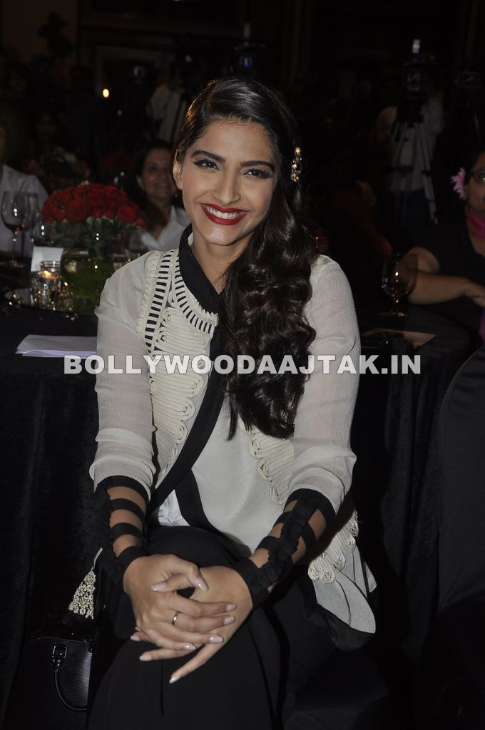 Sonam Kapoor - Sonam Kapoor at the launch of WIFT India