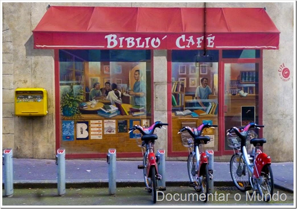Biblio Café; Fachadas pintadas de Lyon