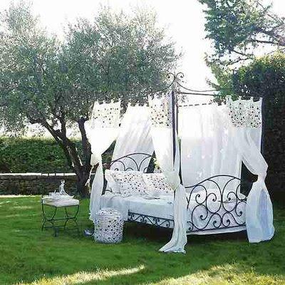 Alba hogar cama con dosel for Camas con cortinas