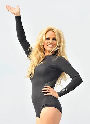 Pamela Anderson's Curvy Body