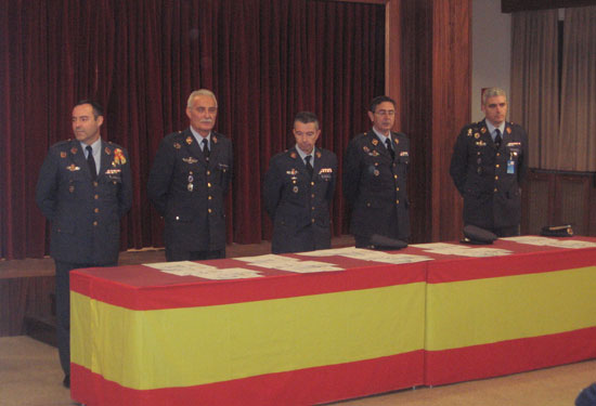 Dalt de l 39 arc de sant mart acuartelamiento a reo de getafe pillados for Juzgado togado militar