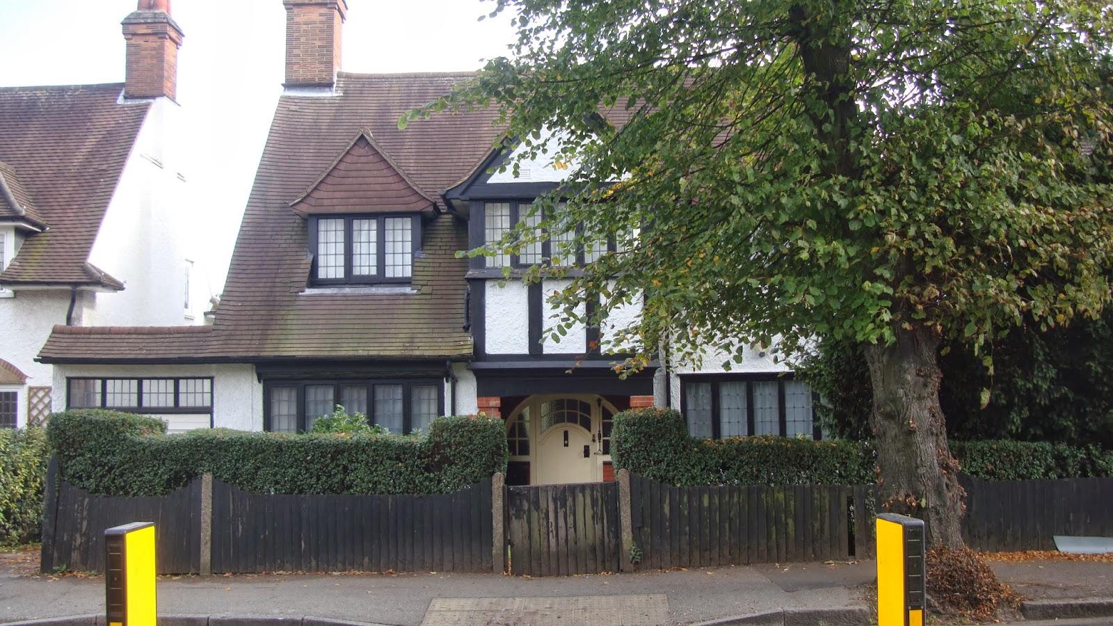 London Calling West Barnes Lane Motspur Park In The