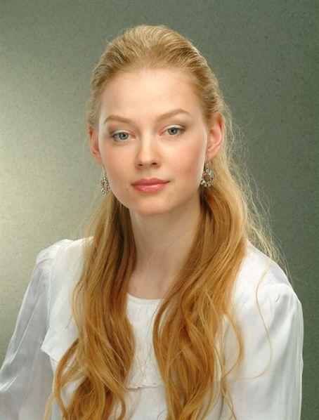 Svetlana Khodchenk HD Wallpapers Free Download