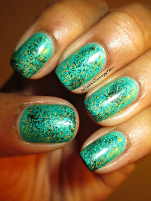 China Glaze, Turned Up Turqouise, sponge, sponging, Sephora 18k Gold topcoat, nails, nail art, nail design, mani