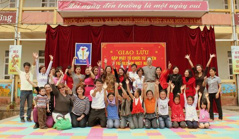 charitable dreams for Vietnam&#39;s Children, a Global Connection