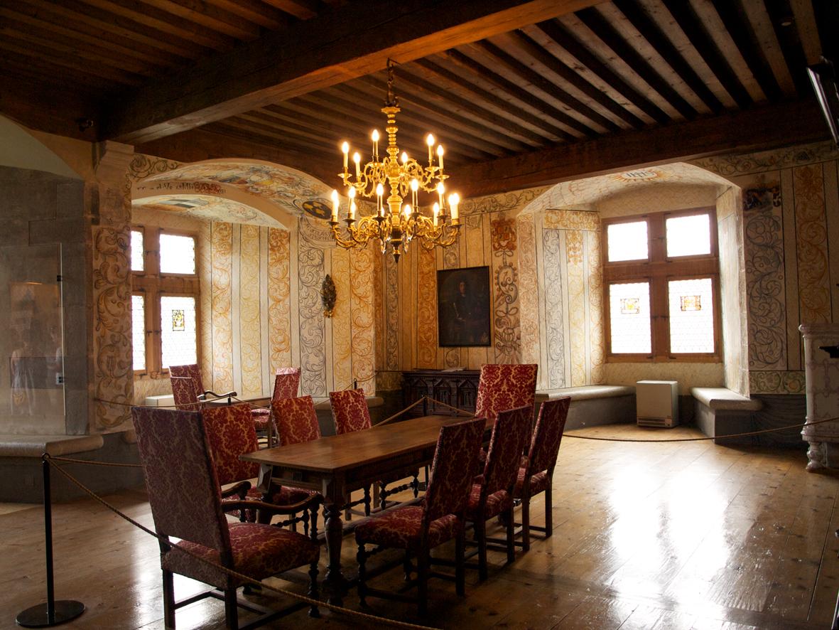 Gruyeres sue o medieval el guisante verde project for Salon medieval