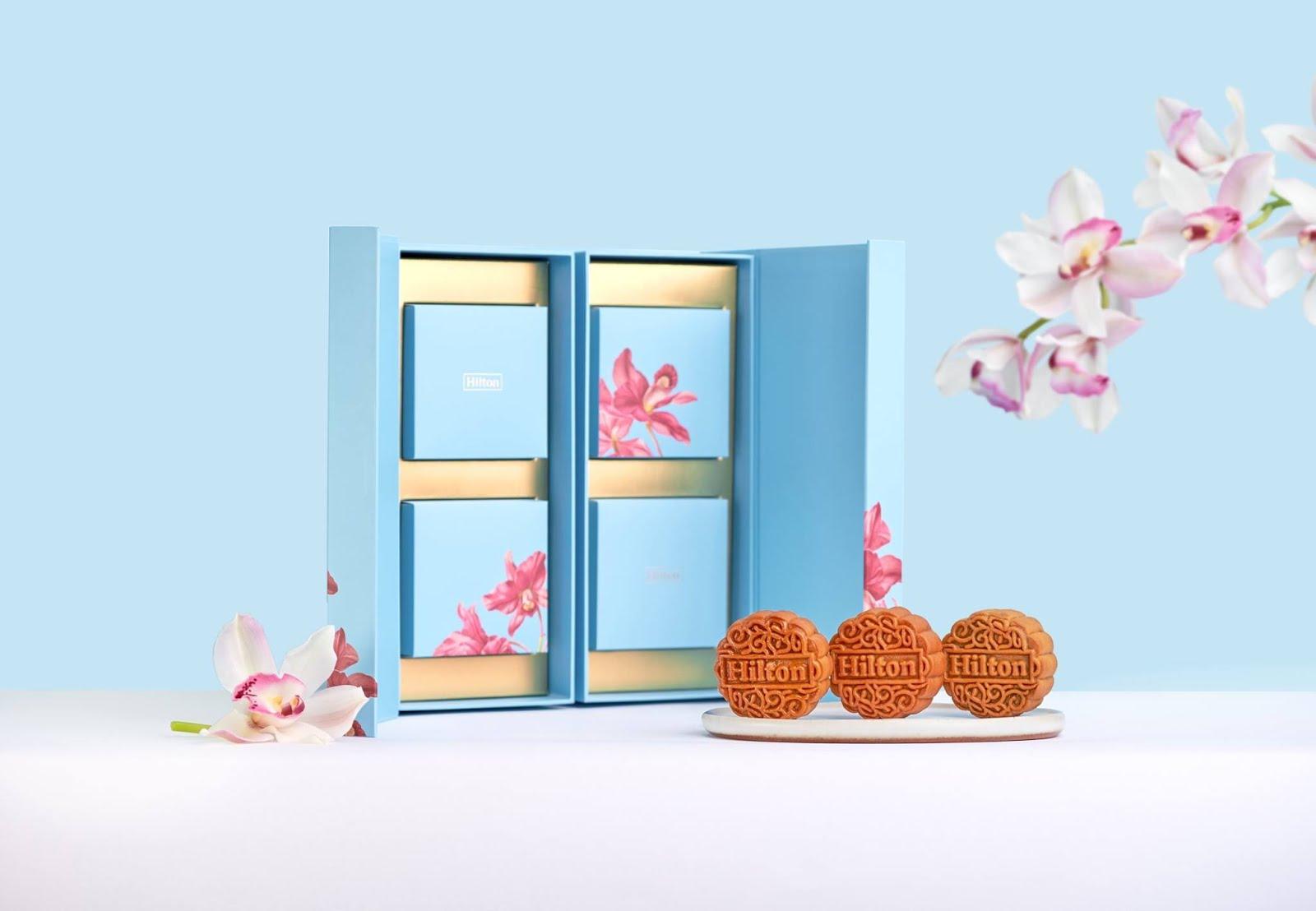Hilton Celestial Blooms Mooncake Gift Box