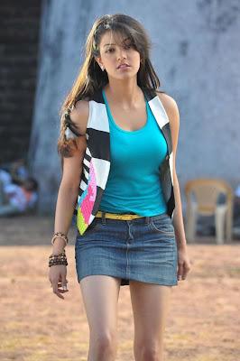 kajal agarwal leg spicy actress pics