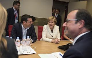 Παραμονή της Ελλάδας στην Ευρωζώνη ανεξαρτήτου αποτελέσματος, εκτιμά ο Ολάντ