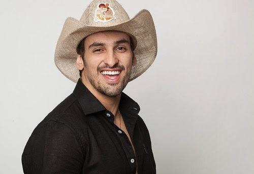 """A Fazenda 7: O cantor Leo Rodriguez do hit """"Bara Berê"""