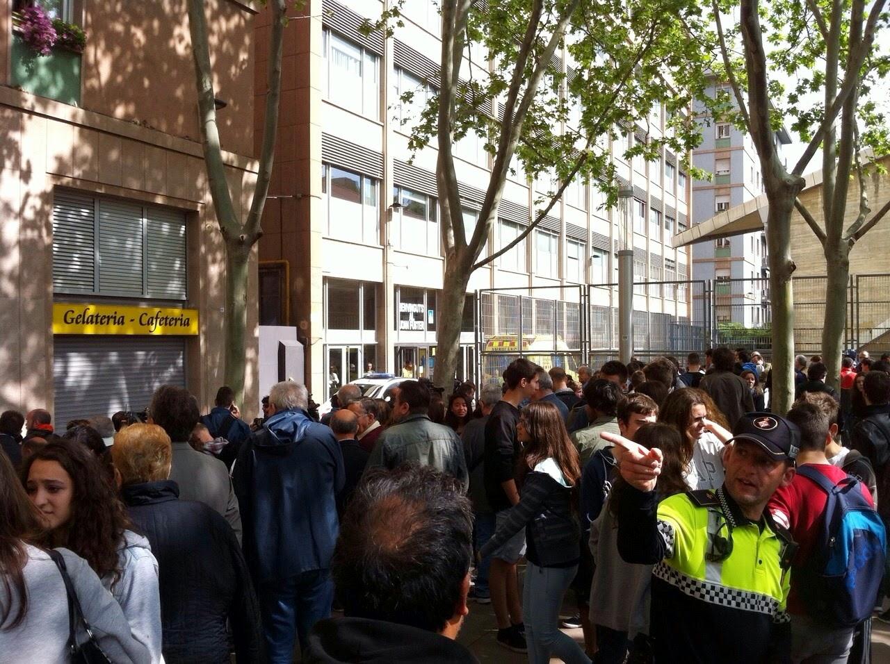 alumno mata a profesor con un machete instituto barcelona