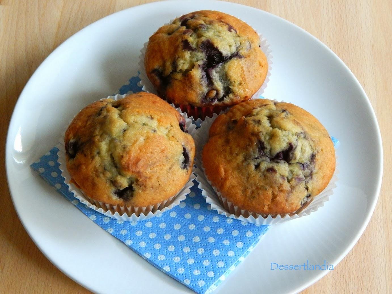 Dessertlandia: Blueberry doughnut muffins