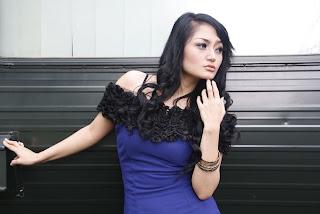 Biodata Profil Siti Badriah dan Foto Terbaru
