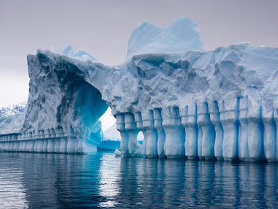 Iceberg Pleneau Bay Antarctica