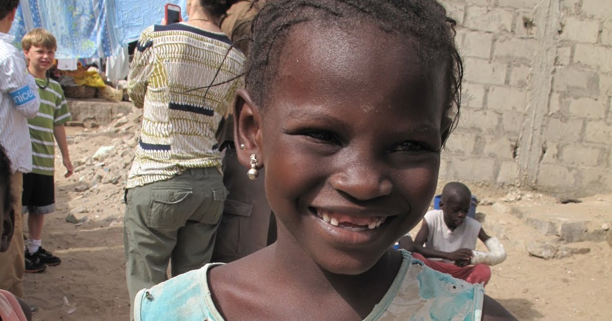 Africa | Senegalese children photographed by Christina