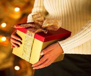 tặng quà cho người lớn tuổi