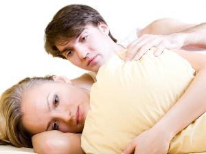Jika Wanita Merasa Sakit Saat Bercinta