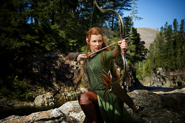 Tauriel with bow & arrow in The Hobbit: The Desolation of Smaug movie still image picture photo