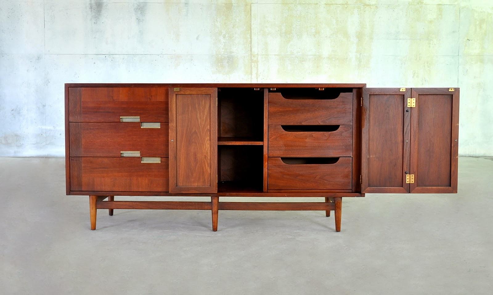 Select Modern American Of Martinsville Double Dresser