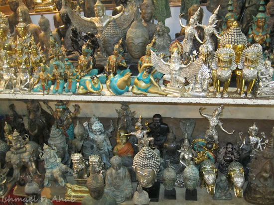 Figurines for sale in Chatuchak Weekend Market