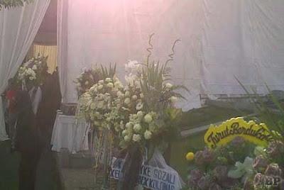 Pemakaman Olivia Dewi5