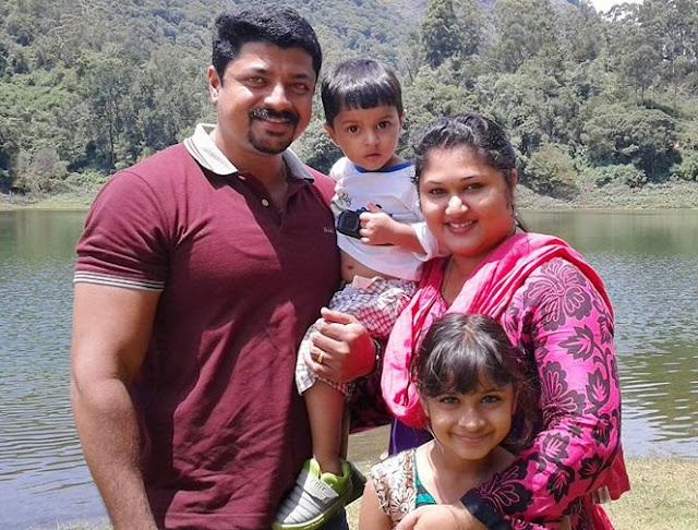 Actor Naveen Arakkal family photo