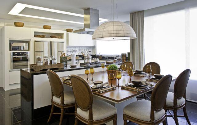 Construindo minha casa clean salas de jantar pequenas com mesas encostadas na parede e na - Mesas pequenas ...