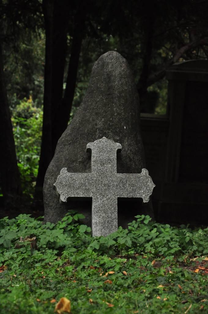 Stary cmentarz przy Kosciele Pokoju w Swidnicy