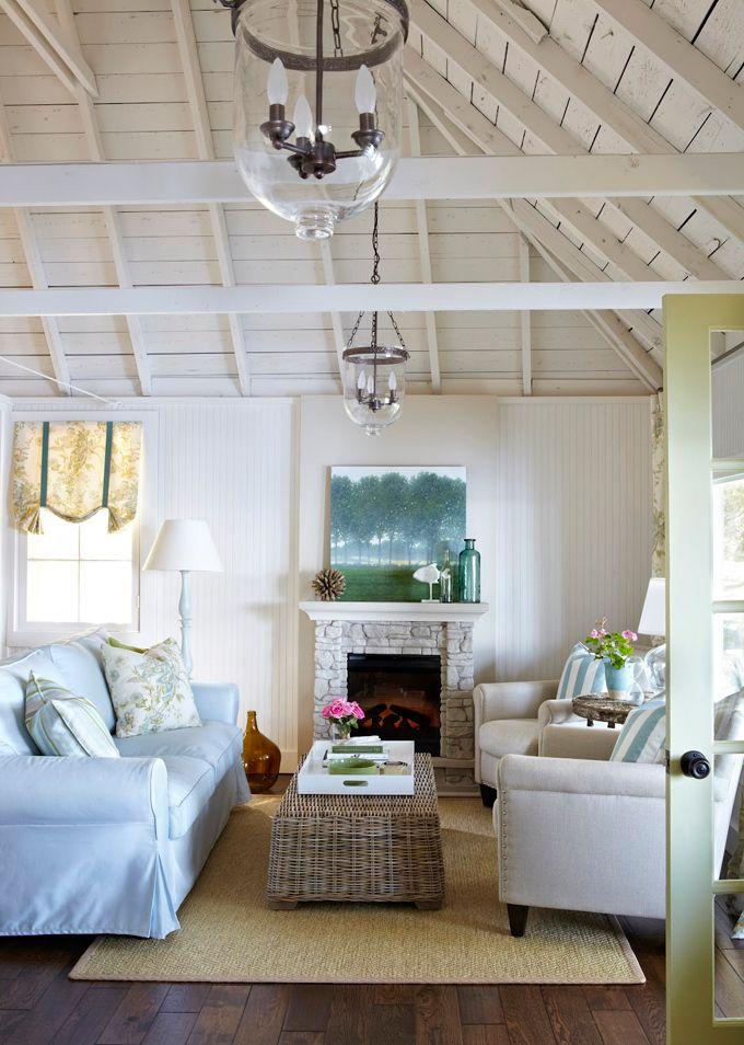 Coastal style relaxed hamptons living for Coastal interior decor