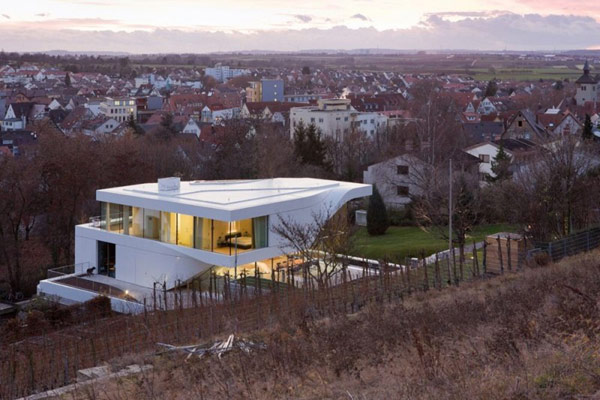 contemporary house near vineyard stuttgart germany most beautiful houses in the world. Black Bedroom Furniture Sets. Home Design Ideas