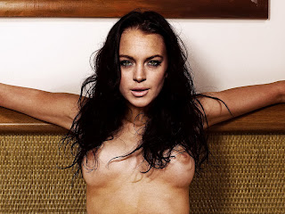 Lindsay Lohan naked on the bed spread legs show nude big boobs, shaved pussy labia and lips