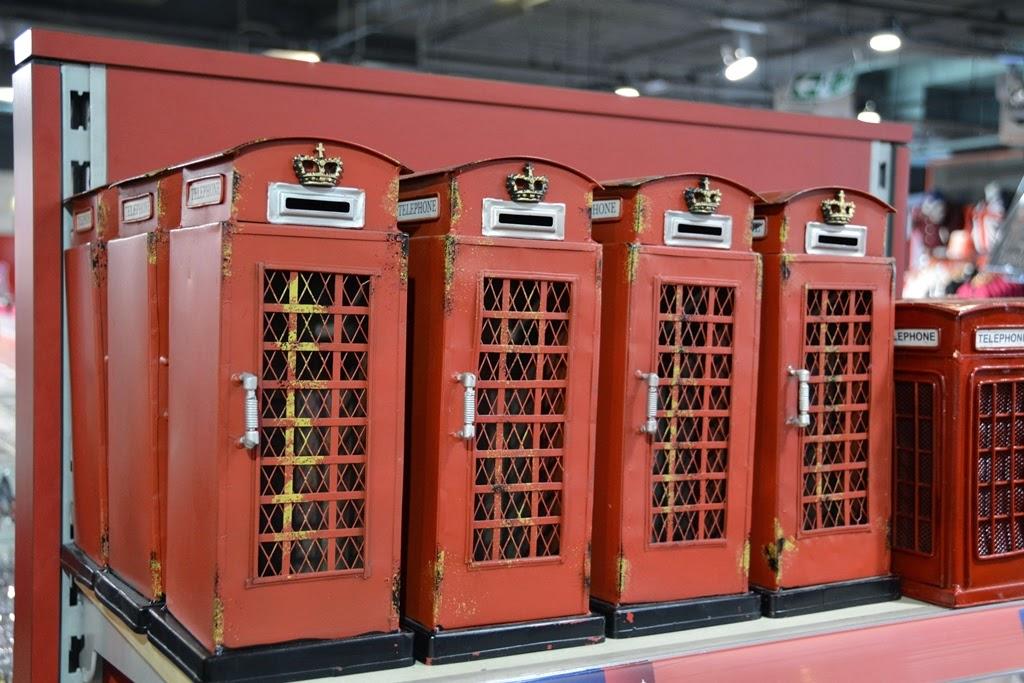 Cool Britannia souvernirs telephone booths