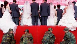 Unik, 5 Bersaudara Menikah Bersamaan [ www.BlogApaAja.com ]