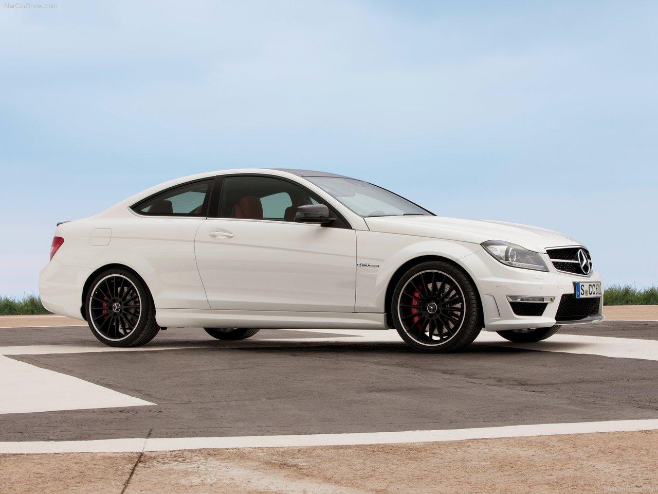 http://3.bp.blogspot.com/-0r5xS5hGFOU/TYYbUWblgbI/AAAAAAAAN2M/QTyFWom_FSc/s1600/Mercedes-Benz-C63_AMG_Coupe_2012_1280x960_wallpaper_09.jpg