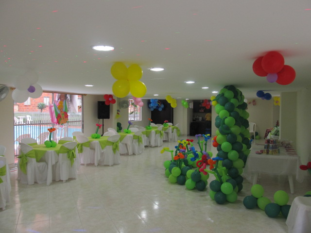 Fiesta tematica decoracion con globos campanita tinker - Fiesta infantil tematica ...