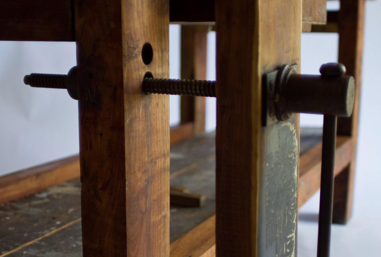 RYD Studio Rella Yacht & Interior Design: Un vecchio portone, un ...
