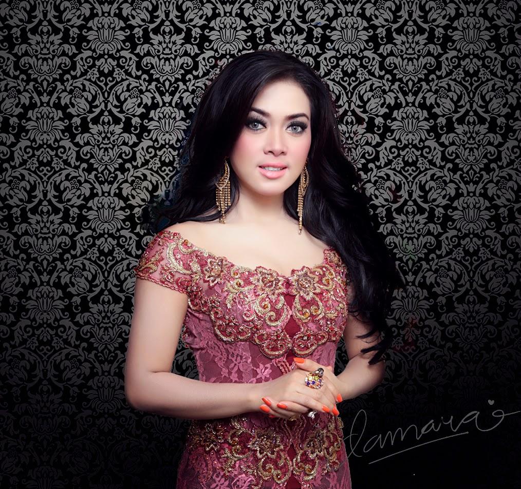 Foto gambar model baju kebaya syahrini yang glamor dan elegan
