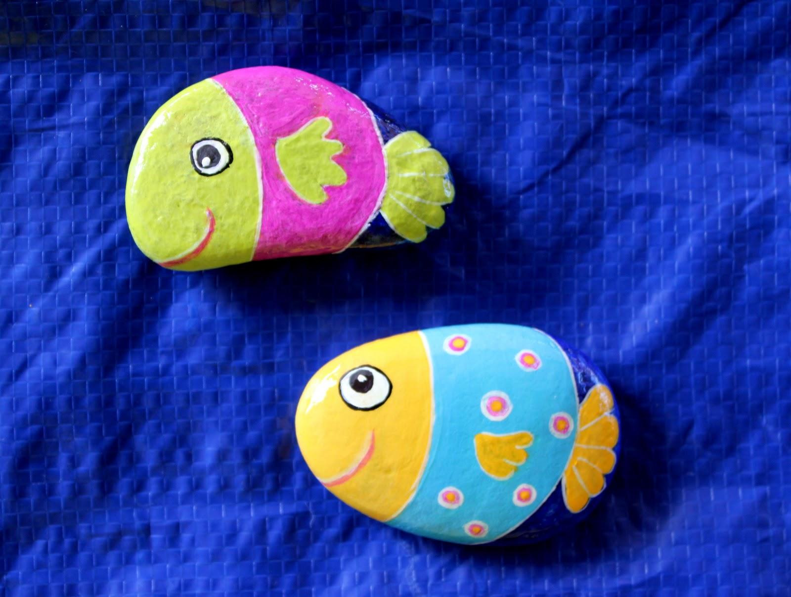 Nueve pinceladas pintando piedras for Como hacer color piedra