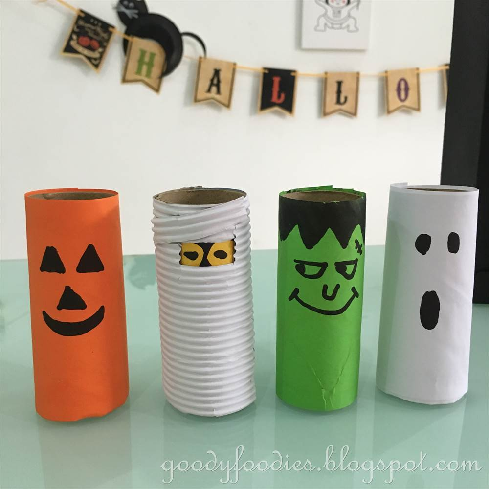 Goodyfoodies 5 fun halloween crafts to do with your kids for Crafts that use toilet paper rolls
