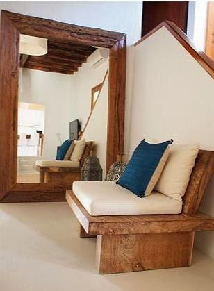 sofa de madera exótica