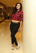 Priyanka latest glam pics-thumbnail-5