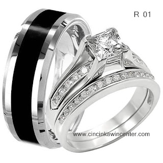 model cincin tunangan emas putih