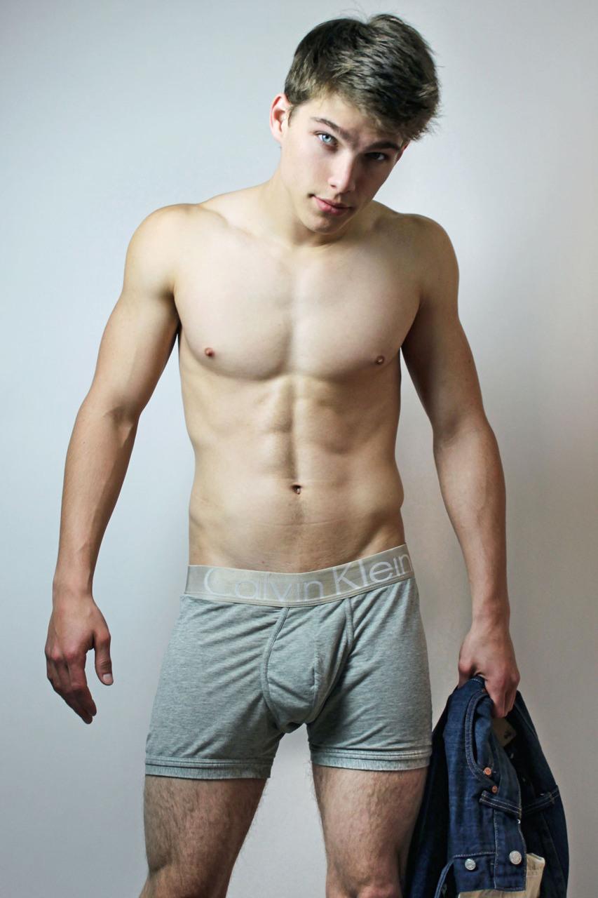Hot Men In Their Pants Boxer Briefs Bulge