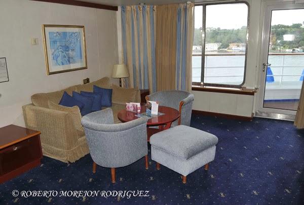 Crucero Louis Cristal  en la bahia de La Habana
