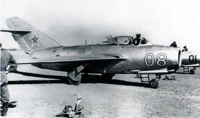 Истребители МиГ-15 фото