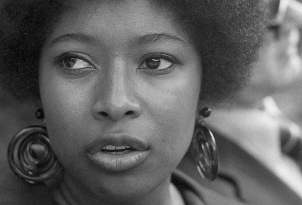 "alice walker beauty when the other dancer is the self Beauty: when the other dancer is the self august 25, 2015 — 1 comment ""beauty: when the other dancer is the self"", an autobiography by alice walker relates the story about how walker overcame her insecurities."