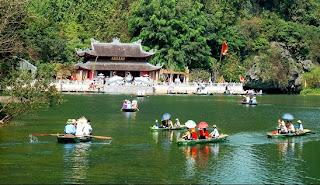 Cho thuê xe 16 chỗ đi chùa Bái Đính - Tràng An